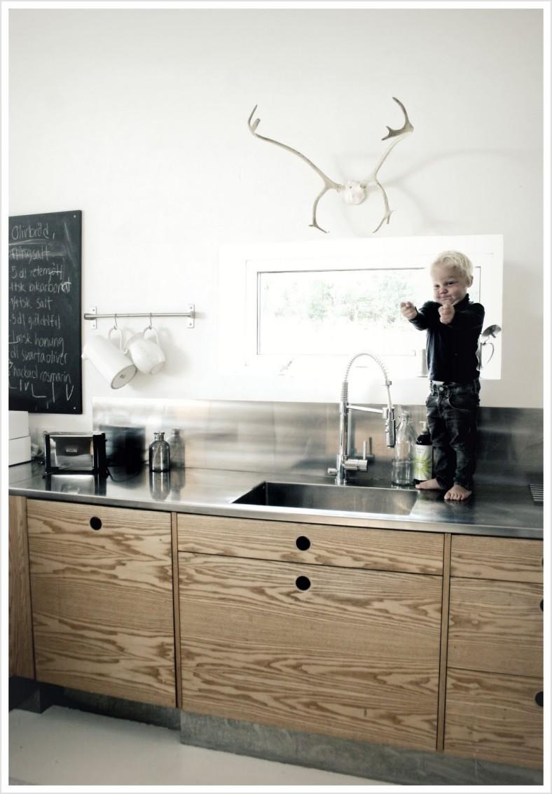 plywood kitchen 2.bp