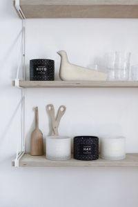 le maison d'Anna shelves
